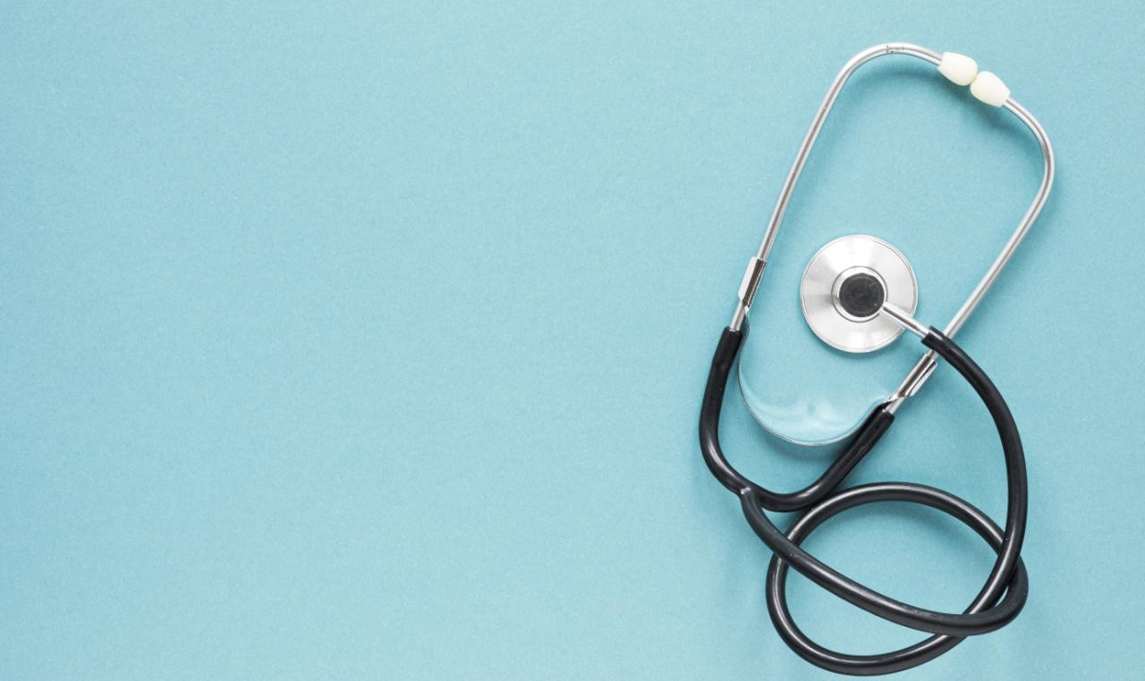 Widok z góry na stetoskop